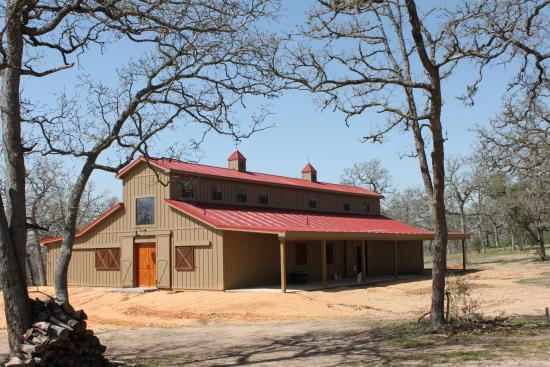 Barndominium for sale brazoria county joy studio design for Custom barn homes
