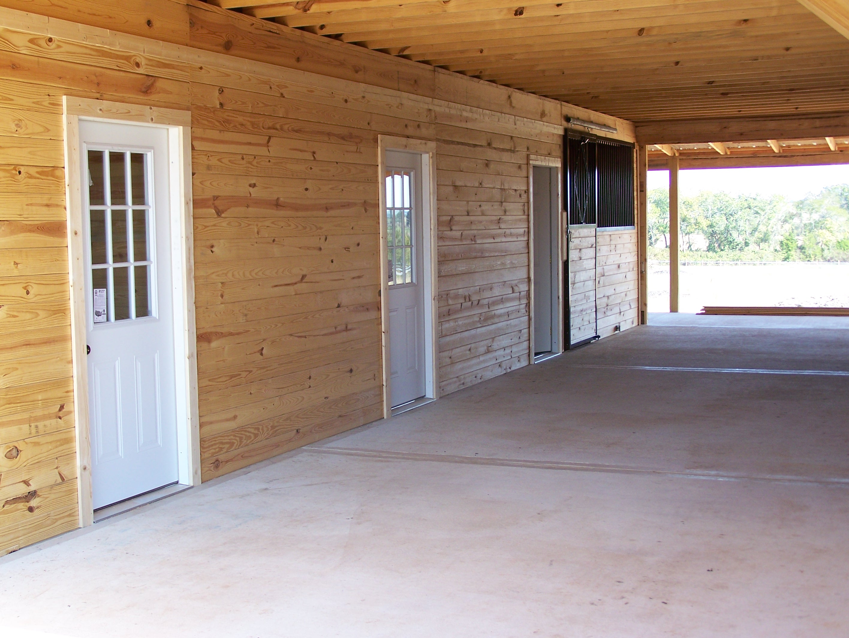 interior photos - Horse Barn Design Ideas